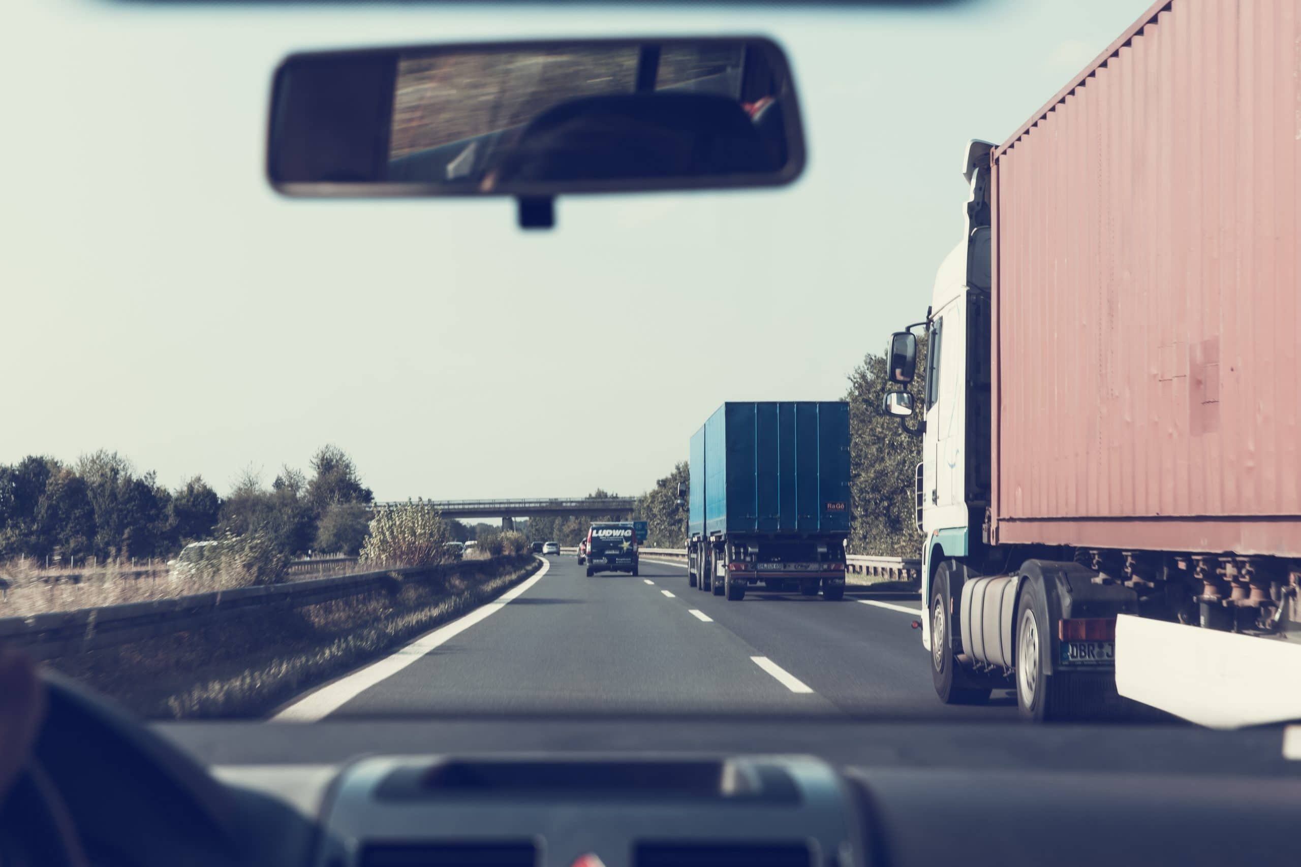 Self Driving Semi Trucks Highway Crashes