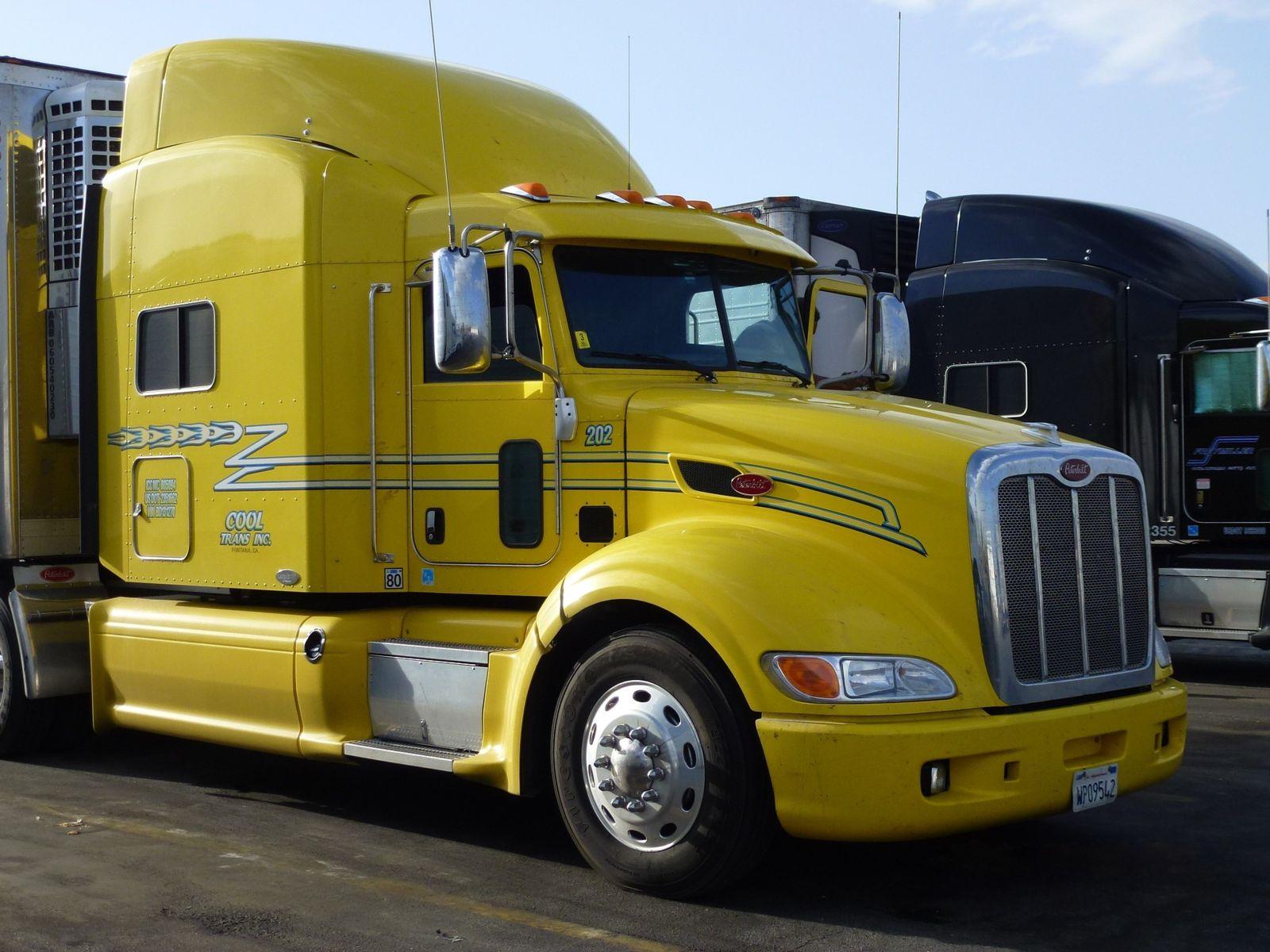 Semi Truck Tractor Trailers